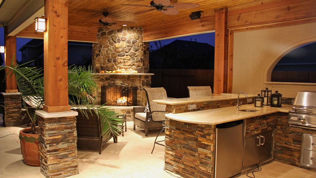 outdoor entertaining options